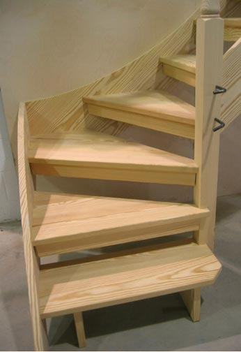 Open Riser Staircase in Factory